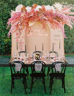 Bring on the Desert Vibes! It's the Modern Love Event Recap in Palm Springs - Green Wedding Shoes Wedding Set Up, Floral Wedding, Wedding Colors, Wedding Flowers, Green Wedding, Boho Wedding, Wedding Ideas, Elegant Wedding, Wedding Details
