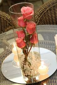 This could be used for romantic/honeymoon /table centerpiece decor Wedding Table Centerpieces, Flower Centerpieces, Wedding Decorations, Table Decorations, Table Arrangements, Floral Arrangements, Deco Nature, Table Centers, Deco Table