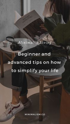 Minimalist living guide: beginner and advanced tips on how to simplify your life Do things seem a bit more complicated than they should be? Have you been seeking ways to make life easier? Minimalist Lifestyle, Minimalist Living, Minimalist Style, Life Guide, Good Habits, Healthy Habits, Areas Of Life, Self Improvement Tips, Simple Living