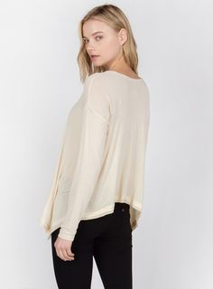 LONG SLEEVE CONTRAST TRIMMED HIGH BACK LOW FRONT TOP