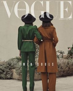 """Twin Souls"" by Thomas Goldblum for Vogue PortugalYou can find Vogue magazine and more on our website.""Twin Souls"" by Thomas Goldblum for Vogue Portugal Vogue Vintage, Vintage Vogue Covers, Moda Vintage, Fashion Vintage, Vogue Editorial, Editorial Fashion, Men Editorial, Summer Editorial, Magazine Editorial"