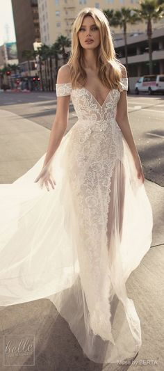 Brides dress.  Brides imagine having the perfect wedding, however for this they need the most perfect bridal wear, with the bridesmaid's dresses actually complimenting the wedding brides dress. The following are a few tips on wedding dresses.