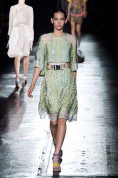IW Fashion – Belangrijke modekleuren trends voor voorjaar/zomer 2016