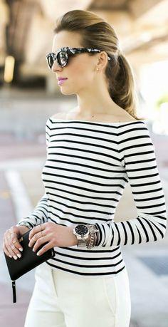 Inspiração: Decote ombro a ombro, listras e calça branca. chic e simples.