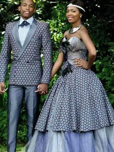 Latest Shweshwe Traditional Dresses for Bridesmaids 2016 & Accessories - Reny styles African Traditional Dresses, Traditional Wedding Dresses, Traditional Outfits, Ghanaian Fashion, African Fashion, Nigerian Fashion, Ankara Fashion, Fashion Dresses, Mode Wax