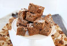 Raw Cacao Coconut Fudge Bites (Vegan) | Natural Noshing