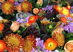Beautiful Flowers for Your Fall Wedding