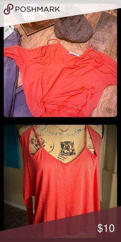 Chloe K Off shoulder burnt 🍊 top Chloe K Burnt orange top, off shoulder/ cut-out shoulder 3/4 sleeves. 100% Rayon size small Chloe K Tops