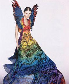 alexmc rainbow dress 610x743 The Alexander McQueen inspired dress made out of 50,000 gummy bears