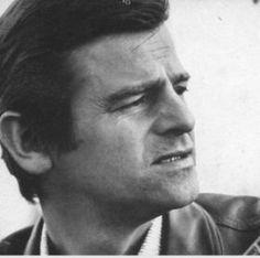 Sergio Endrigo.   Una delle più belle voci mai esistite.