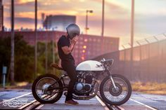 Honda CB 500 Cafe Racer by Kinetic Motorcycles #motorcycles #caferacer