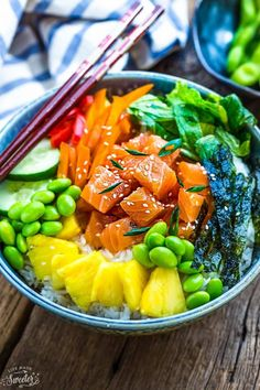 How To Cook Salmon Six Ways Plus 25+ Healthy Salmon Recipes Salmon Poke Bowl Recipe, Poke Recipe, Canned Salmon Recipes, Healthy Salmon Recipes, Healthy Foods, Classic Meatloaf Recipe, Raw Salmon, Dressing For Fruit Salad, Bowls