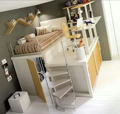 Bunkbeds with desk ontop!  What!!