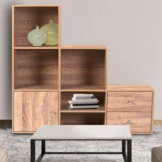 Aménagez votre intérieur avec goût grâce à ce meuble en escalier sur 3 niveaux de rangement. Il se marie avec tous les styles de déco ! Pratique et modulable...