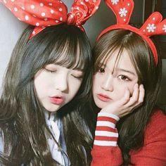 Read girl (kembar) from the story Korean_Ullzang by (Cacantik) with reads. Ulzzang Korean Girl, Ulzzang Couple, Korean Aesthetic, Aesthetic Girl, Gay Couple, Ullzang Boys, Korean Best Friends, Asian Short Hair, Korean Couple