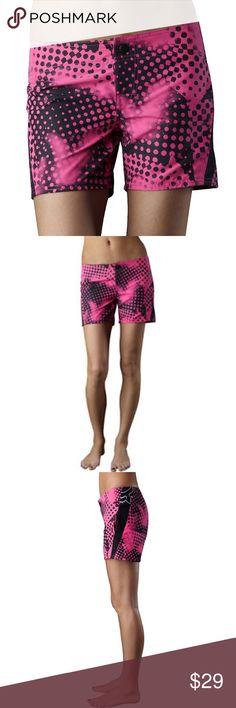NWT Fox Boardshorts 💕 Women's fox size 3 boardshorts. New with tags. Brand new. Fox Shorts