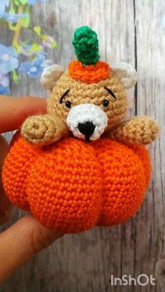 eyes have it Crochet Amigurumi, Crochet Bear, Crochet Gifts, Amigurumi Doll, Crochet Animals, Crochet Dolls, Crochet Pour Halloween, Halloween Toys, Halloween Decorations