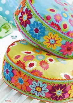pillows with crochet border