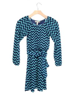 Always Cute #Chevron Sheath #Dress Navy/Turquoise.  It's such a girly getup! Chevron inspired print makes this dress stand out! It will leave everyone speechless when you walk in wearing this dress. Add tights and ballerina flats to complete your cute girl look. #turquoise