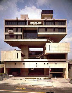 Kuwait Embassy Kenzo Tange 1970. http://www.worldarchitectslibrary.com/