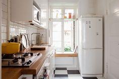 Malmö apartment kitchen via Bolaget Fastighetsförmedling