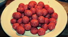 Delicious recipes for Hereford beef meatballs, perfect to warm you up on these cold winter nights. Beef Recipes, Dog Food Recipes, Cooking Recipes, Hereford Beef, Beef Meatball Recipe, Austrian Cuisine, Cocktail Meatballs, Homemade Spaghetti, Sauce Tomate