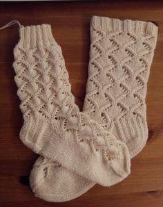 Csipkemintás zokni, mindensoros rombusszal