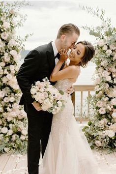 #BERTA Privée love Love, Wedding Dresses, Fashion, Amor, Bridal Dresses, Moda, Bridal Gowns, Wedding Gowns, Weding Dresses