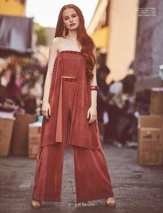 Madelaine Petsch x Jute Magazine Cheryl Blossom Riverdale, Riverdale Cheryl, Riverdale Quiz, Riverdale Cast, Madelaine Petsch, Gorgeous Redhead, Beautiful Celebrities, Pretty People, Girl Crushes