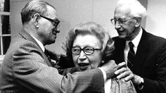 Miep Gies, one of the helpers who hid Anne Frank and her family, receives a medal of honour from the government of Israel, Miep Gies, Anne Frank, Israel, Inspirational, War, Couple Photos, Retro, Books, Vintage