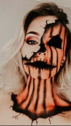 Halloween Face Paint Scary, Scary Face Paint, Halloween Costumes For 3, Halloween Eye Makeup, Halloween Makeup Looks, Halloween Pumpkin Makeup, Beautiful Halloween Makeup, Halloween Inspo, Scary Couples Costumes
