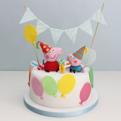 Love this Peppa Pig birthday cake! I must have this for Maddie's birthday! Tortas Peppa Pig, Bolo Da Peppa Pig, Cumple Peppa Pig, Peppa Pig Birthday Cake, Birthday Cake Toppers, Fondant Figures, Novelty Cakes, Celebration Cakes, Party Cakes
