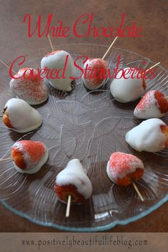 Delicious chocolate covered strawberries! See how to make them yourself.