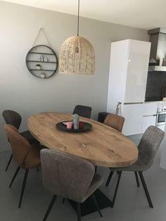 Dining room – Look inside – Neuburger – tafel Dining Room Design, Dining Room Table, Interior Design Living Room, Living Room Decor, Home And Living, Home Decor, Luxury Furniture, Lighting Ideas, Mid Century