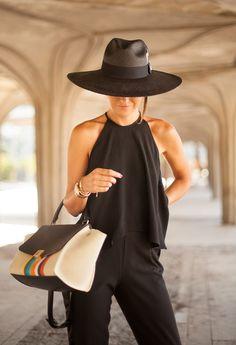 pants:Asos (s/s 15) (Here) top: Zara (s/s 15) (similarhere,hereandhere) sandals: Oysho(s/s 15) (similarhere, andhere) bag: Céline (s/s 15) hat:Raceu Hats