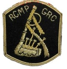 Appointment patch (Ptper) worn on the right sleeve above any rank chevrons Police Badges, Law Enforcement, Chevron, Sleeve, Manga, Police, Finger, Retail