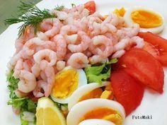 Katkarapuleipä - näin valmistat laivamatkojen klassikon itse! Some Recipe, Fish Dishes, Fodmap, Cobb Salad, Tapas, Shrimp, Healthy Recipes, Healthy Food, Meat