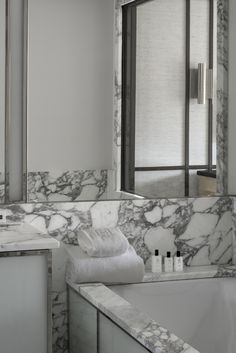 hotel bordeaux luxe bain d odessa