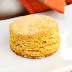 Spiced Pumpkin Buttermilk Biscuits via @Christina |Sweet Pea's Kitchen