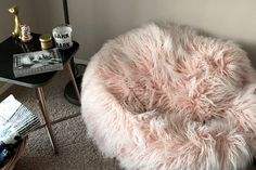 Quality Sewing Tutorials: Faux Fur Bean Bag Chair tutorial from We All Sew Sewing Tutorials, Sewing Projects, Sewing Ideas, Sewing Patterns, Sewing Blogs, Sewing Hacks, Craft Projects, Faux Fur Bean Bag, Cushion Tutorial