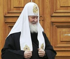 Le patrearche Kirill deci que 'Le feminisme es much dangerose'