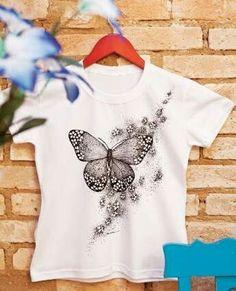 Diy Fashion, Ideias Fashion, Fashion Outfits, Fashion Design, Shirt Refashion, T Shirt Diy, Tee Shirt, Custom T Shirt Printing, Printed Shirts