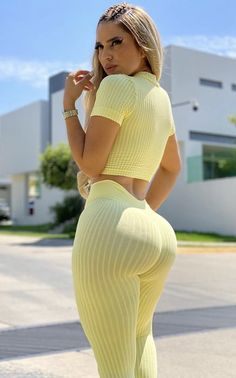 Curvy Outfits, Sexy Outfits, Cheap Womens Tops, Girls In Leggings, Lingerie, Sexy Women, Casual, Blondes, Style