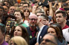 Gut gemacht, Irland! All you need is love. Bekanntgabe des Ergebnisses des Referendums zur #HomoEhe in Dublin. https://twitter.com/haukekalz/status/604541579307692032