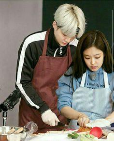 Ahh kill me Swag Couples, Kpop Couples, Cute Couples, Jung Kook, Dragon Day, K Pop, Blackpink And Bts, Korean Couple, Jennie