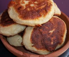 Chvishtari (cornbread with cheese) comes from Svaneti (Georgian: სვანეთი), a mountainous province in the northwestern part of Georgia.  There are several types of Chvishtari and in this recipe we will show how to make one of the most popular.