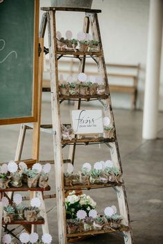 Most current Cost-Free bohemian Baby Shower Decorations Ideas Compliment parents-to-be by getting using a terrific baby shower. How would you generate a baby shower memorab. Baby Shower Boho, Deco Baby Shower, Cute Baby Shower Ideas, Baby Shower Favors, Baby Shower Parties, Baby Shower Themes, Baby Boy Shower, Boho Baby, Bridal Shower