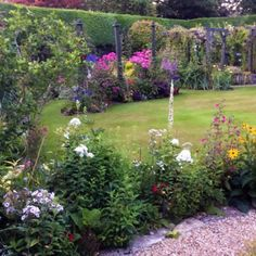 A Lovely Visiting Garden