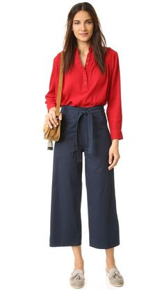 Exclusive to Shopbop.  Cropped Loup pants with a high rise. Optional ties. Slant hip pockets. Hidden side zip.