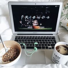 Binge-Worthy TV Shows – Nines to 5 [netflix shows] Blog Inspiration, Foto Casual, Netflix And Chill, About Time Movie, Friends Tv, No Time For Me, Polaroid, Relax, Cozy